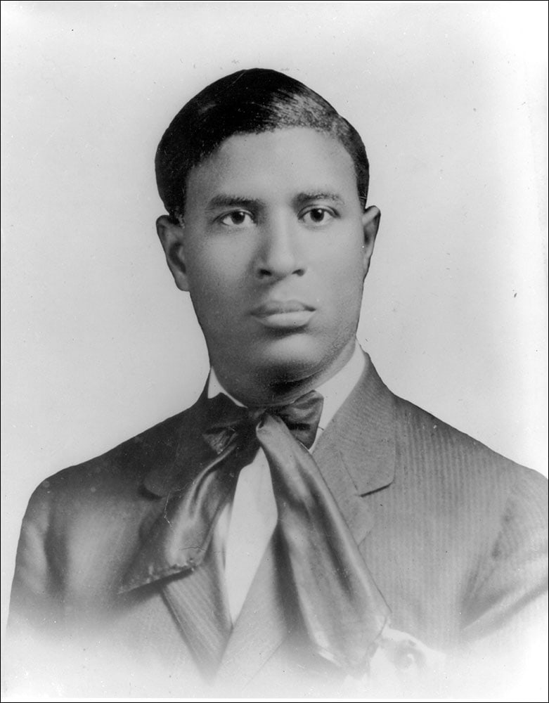 Garrett Morgan Inventor Of The Gas Mask And Traffic